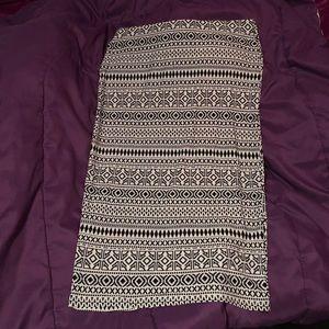 NWOT Patterned Midi Skirt